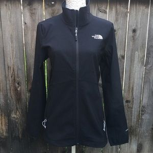 The North Face Womens Windwall Jacket windbreaker